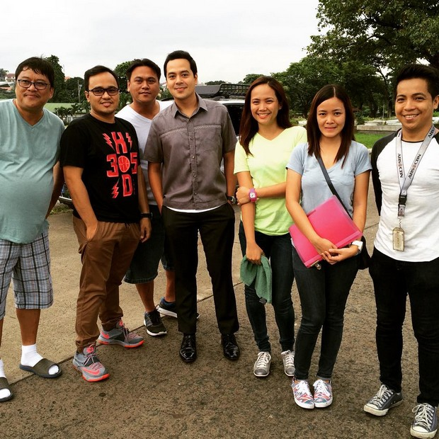 BEHIND-THE-SCENES: John Lloyd Cruz on the set of Nathaniel